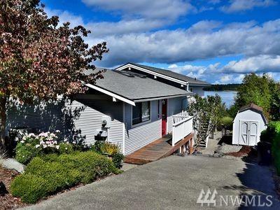 2328 Island Dr NW, Olympia, WA 98502 (#1131928) :: Ben Kinney Real Estate Team