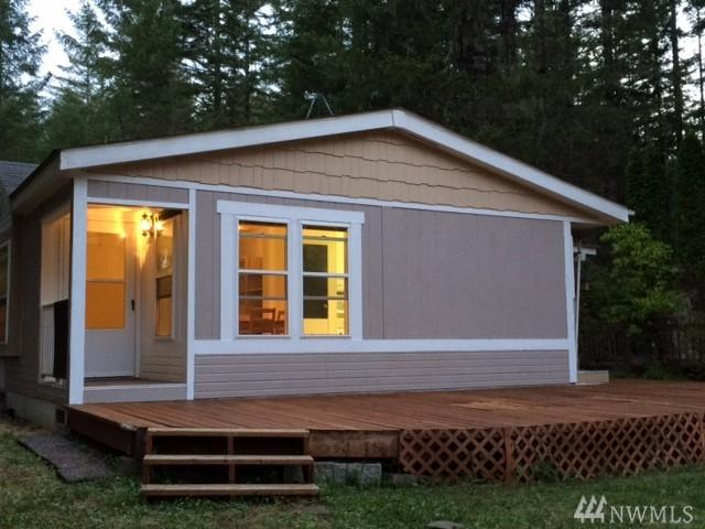 241 N Lake Surf Dr, Lilliwaup, WA 98555 (#1133712) :: Ben Kinney Real Estate Team