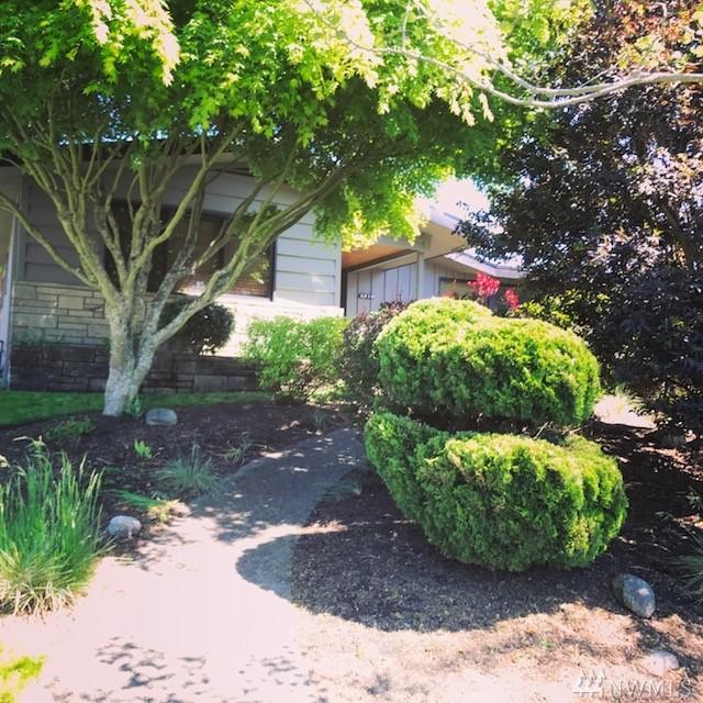 2319 N Winnifred St, Tacoma, WA 98406 (#1133718) :: Ben Kinney Real Estate Team