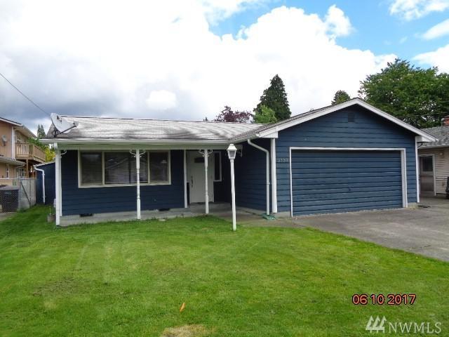 3338 Olympia Wy, Longview, WA 98632 (#1135757) :: Ben Kinney Real Estate Team