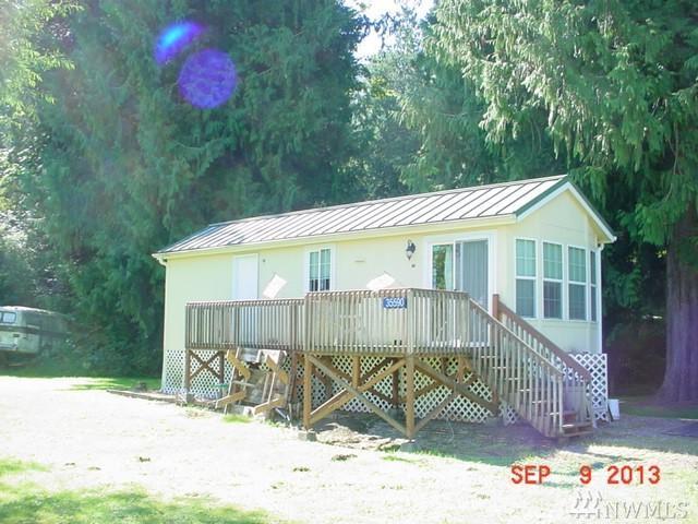 38890 Shangri-La Dr, Hamilton, WA 98255 (#1136926) :: Ben Kinney Real Estate Team