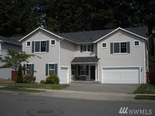 1392 Burnside Place, Dupont, WA 98327 (#1137382) :: Keller Williams Realty