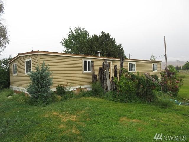 1400 W Huntzinger Rd, Selah, WA 98942 (#1140661) :: Ben Kinney Real Estate Team