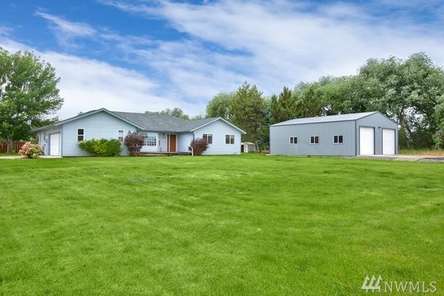 3210 S 90th Ave, Yakima, WA 98903 (#1140753) :: Ben Kinney Real Estate Team