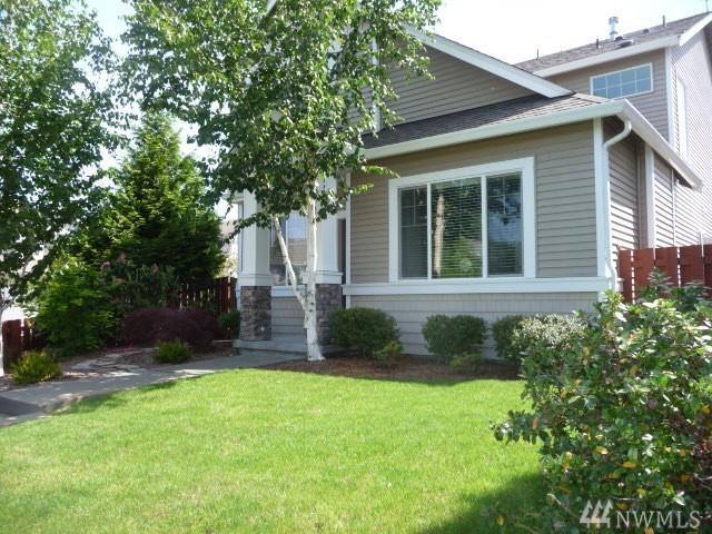 8406 28th St NE, Lake Stevens, WA 98258 (#1142040) :: Ben Kinney Real Estate Team