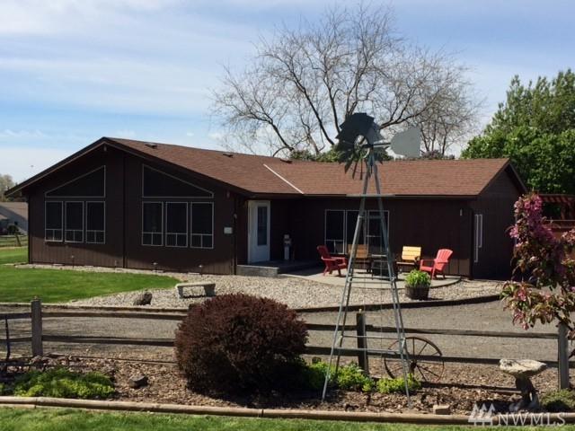 335 Hill Rd, Walla Walla, WA 99362 (#1142243) :: Ben Kinney Real Estate Team