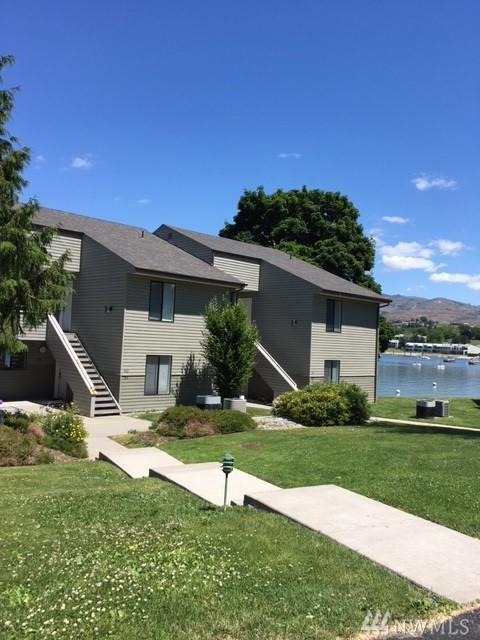 584-J Beach, Manson, WA 98861 (#1142424) :: Ben Kinney Real Estate Team