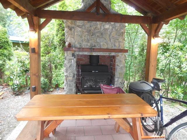 45061 Tolo Trail, Concrete, WA 98237 (#1142827) :: Ben Kinney Real Estate Team