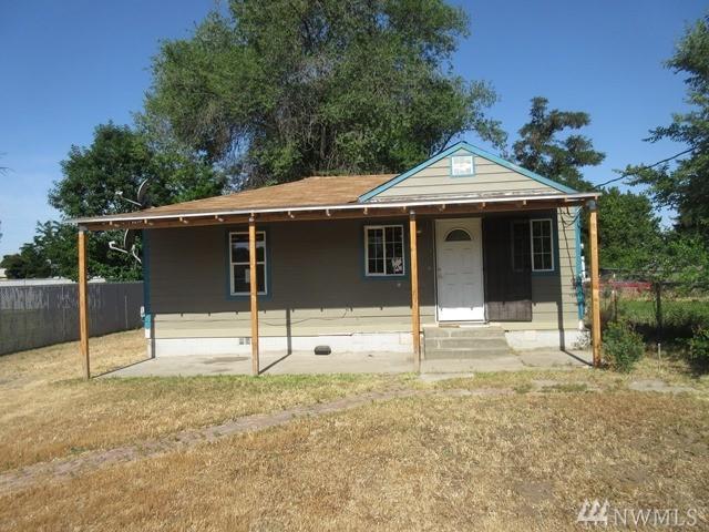 1208 S 9th St, Yakima, WA 98901 (#1143762) :: Ben Kinney Real Estate Team