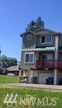20513 Church Lake Dr E A, Lake Tapps, WA 98391 (#1143972) :: Ben Kinney Real Estate Team