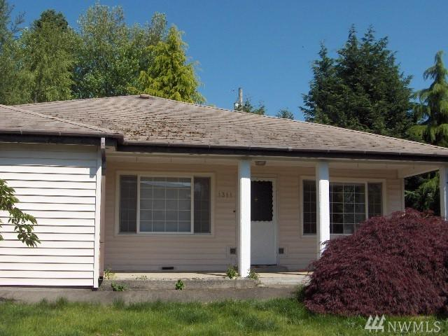 1311 N 36th St, Renton, WA 98056 (#1144178) :: Ben Kinney Real Estate Team