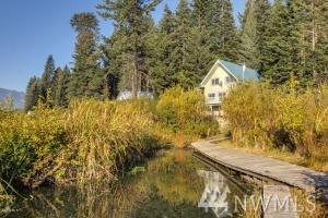 14623 Fish Lake Rd, Leavenworth, WA 98826 (#1145279) :: Ben Kinney Real Estate Team