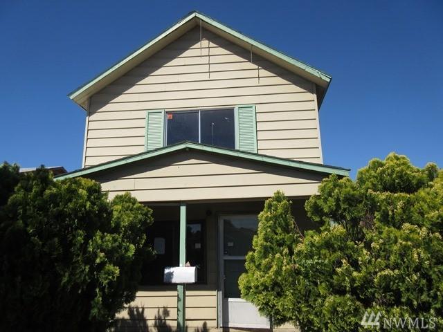 504 N 4th Ave, Yakima, WA 98902 (#1146983) :: Ben Kinney Real Estate Team