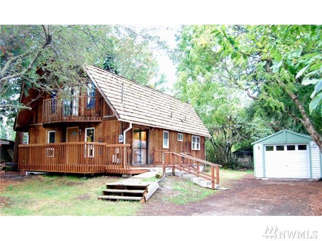 8024 North Wy SW, Lakewood, WA 98498 (#1147113) :: Ben Kinney Real Estate Team