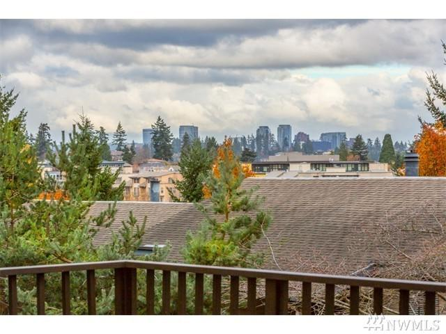 2930 76th Ave SE A102, Mercer Island, WA 98040 (#1147139) :: Ben Kinney Real Estate Team