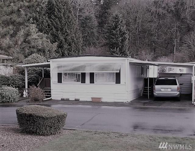 2302 R St SE #122, Auburn, WA 98002 (#1148565) :: Ben Kinney Real Estate Team