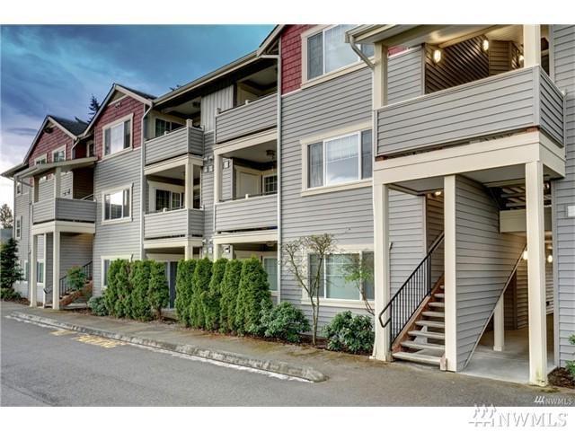13203 97th Ave E #207, Puyallup, WA 98373 (#1148614) :: Ben Kinney Real Estate Team