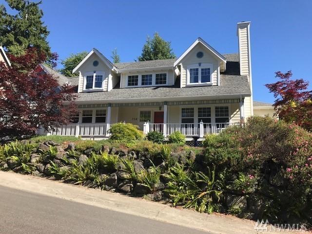 756 NE Brookcliff Lane, Bainbridge Island, WA 98110 (#1150201) :: Mike & Sandi Nelson Real Estate