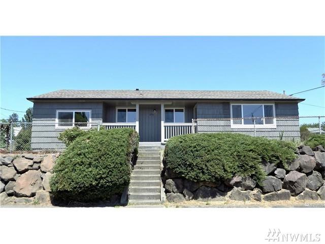 1751 S 25th St, Tacoma, WA 98405 (#1151394) :: Keller Williams - Shook Home Group
