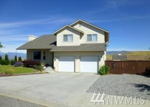 2480 Harvester Lp, East Wenatchee, WA 98802 (#1151953) :: Ben Kinney Real Estate Team