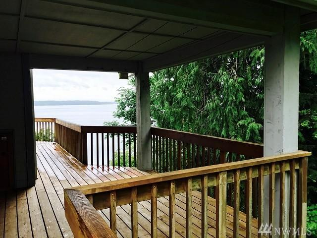 7004 Puget Beach Rd NE, Olympia, WA 98516 (#1152261) :: Nick McLean Real Estate Group