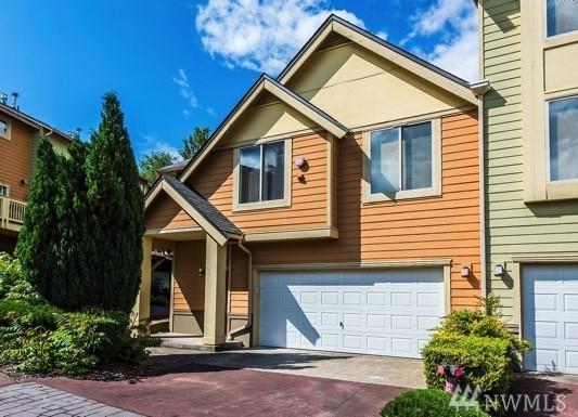 416 NW Pebble Lane, Issaquah, WA 98027 (#1162281) :: The Vija Group - Keller Williams Realty