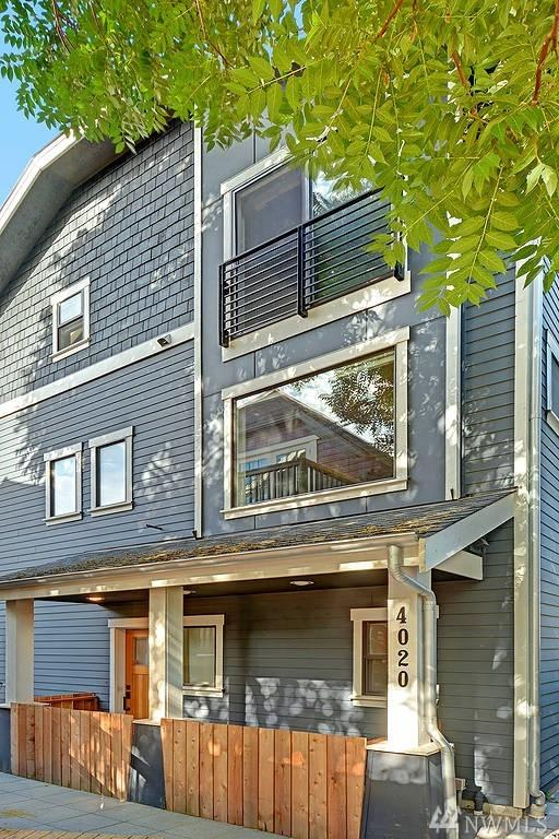 4020 Linden Ave N, Seattle, WA 98103 (#1165481) :: Beach & Blvd Real Estate Group