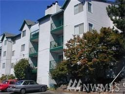 1522 NE 175th St #211, Shoreline, WA 98155 (#1166164) :: The Snow Group at Keller Williams Downtown Seattle