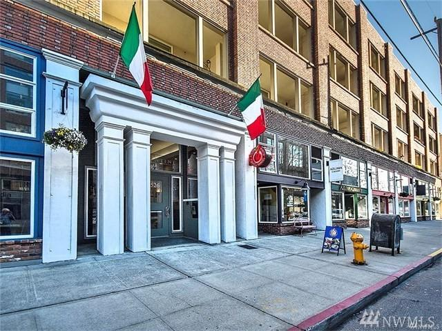 526 1st Ave S #217, Seattle, WA 98104 (#1168047) :: Beach & Blvd Real Estate Group