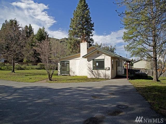 2391 Entiat Wy, Entiat, WA 98822 (#1180680) :: Ben Kinney Real Estate Team
