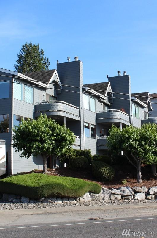 403 13th St #201, Bellingham, WA 98225 (#1181121) :: Ben Kinney Real Estate Team