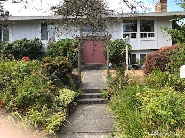 1302 N Highlands Pkwy, Tacoma, WA 98406 (#1181572) :: Ben Kinney Real Estate Team