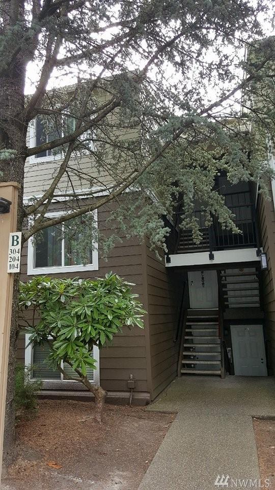820 Cady Rd B303, Everett, WA 98203 (#1181678) :: Ben Kinney Real Estate Team