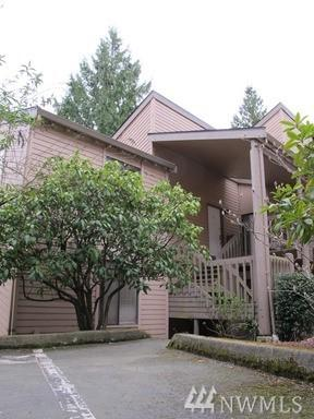 10014 NE 122nd St O-C, Kirkland, WA 98034 (#1187200) :: The Vija Group - Keller Williams Realty