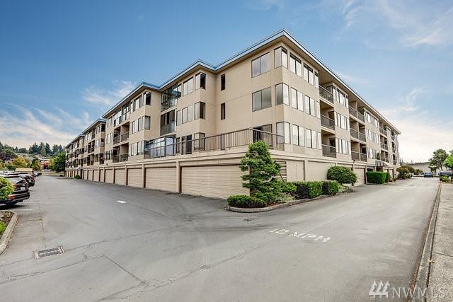 601 S 227th St 201-S, Des Moines, WA 98198 (#1189519) :: Ben Kinney Real Estate Team