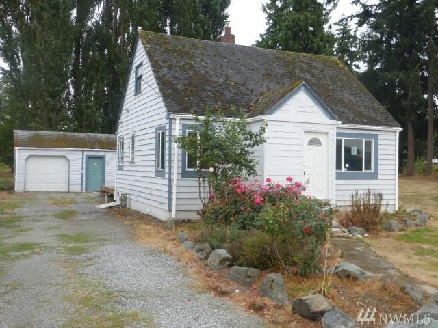 17240 Bennett Rd, Mount Vernon, WA 98273 (#1192737) :: Ben Kinney Real Estate Team