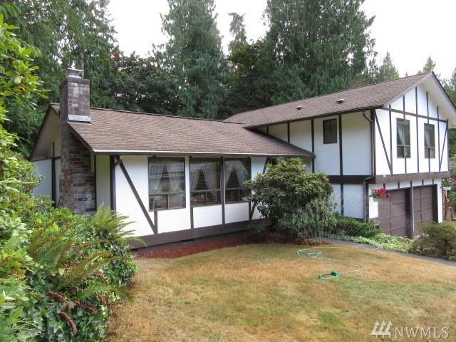 8396 University Point Cir NE, Bremerton, WA 98311 (#1192940) :: Ben Kinney Real Estate Team