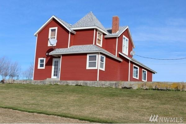 26038 Duck Lake Rd E, Harrington, WA 99134 (#1194288) :: Ben Kinney Real Estate Team