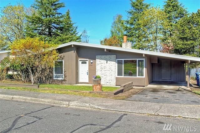 1732 Beacon Wy SE, Renton, WA 98058 (#1194299) :: Ben Kinney Real Estate Team