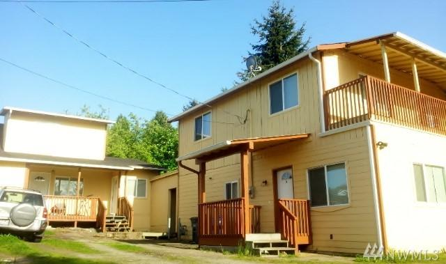 10004 11th Ave SW, Seattle, WA 98146 (#1194827) :: Ben Kinney Real Estate Team