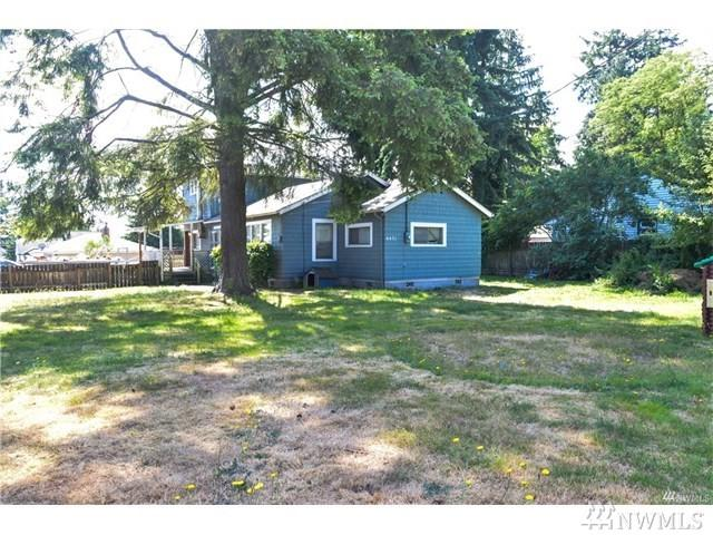 6431 Olympic Dr, Everett, WA 98203 (#1195287) :: Keller Williams Everett