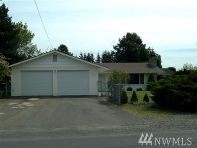 2204 Sandra Ave, Centralia, WA 98531 (#1199221) :: Ben Kinney Real Estate Team