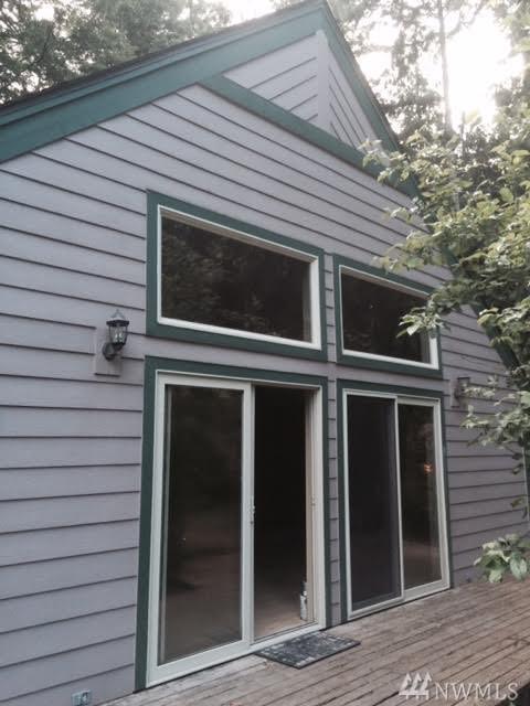 18705 Southwood Ct SE, Yelm, WA 98597 (#1199894) :: Ben Kinney Real Estate Team