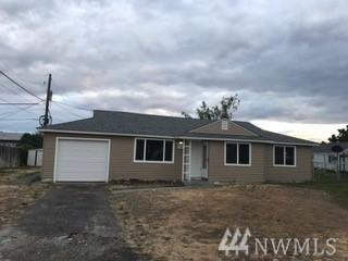 1304 Shaw St, Moses Lake, WA 98837 (#1201474) :: Ben Kinney Real Estate Team