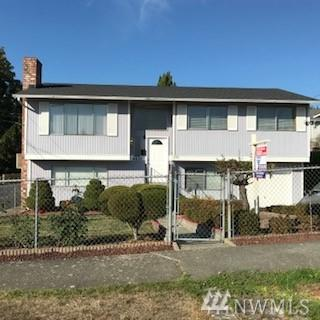 4628 S Myrtle St, Seattle, WA 98118 (#1202671) :: Homes on the Sound