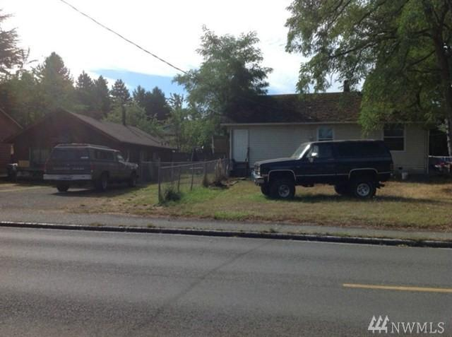 5202 18th St SW, Seattle, WA 98106 (#1203166) :: Ben Kinney Real Estate Team