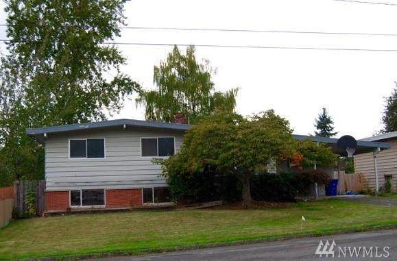 1025 166th Ave SE, Bellevue, WA 98008 (#1206154) :: Ben Kinney Real Estate Team
