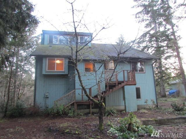 611 NE Mission Wood Dr, Belfair, WA 98528 (#1207050) :: Priority One Realty Inc.