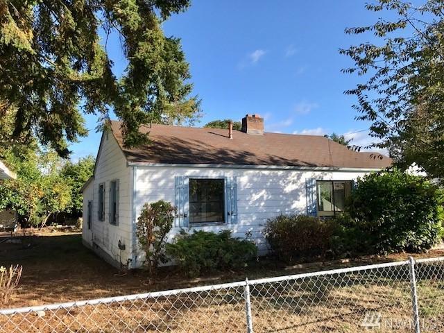 501 118th St S, Tacoma, WA 98444 (#1207054) :: The Kendra Todd Group at Keller Williams