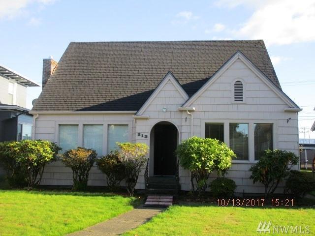 213 W 2nd St, Aberdeen, WA 98520 (#1207359) :: Ben Kinney Real Estate Team